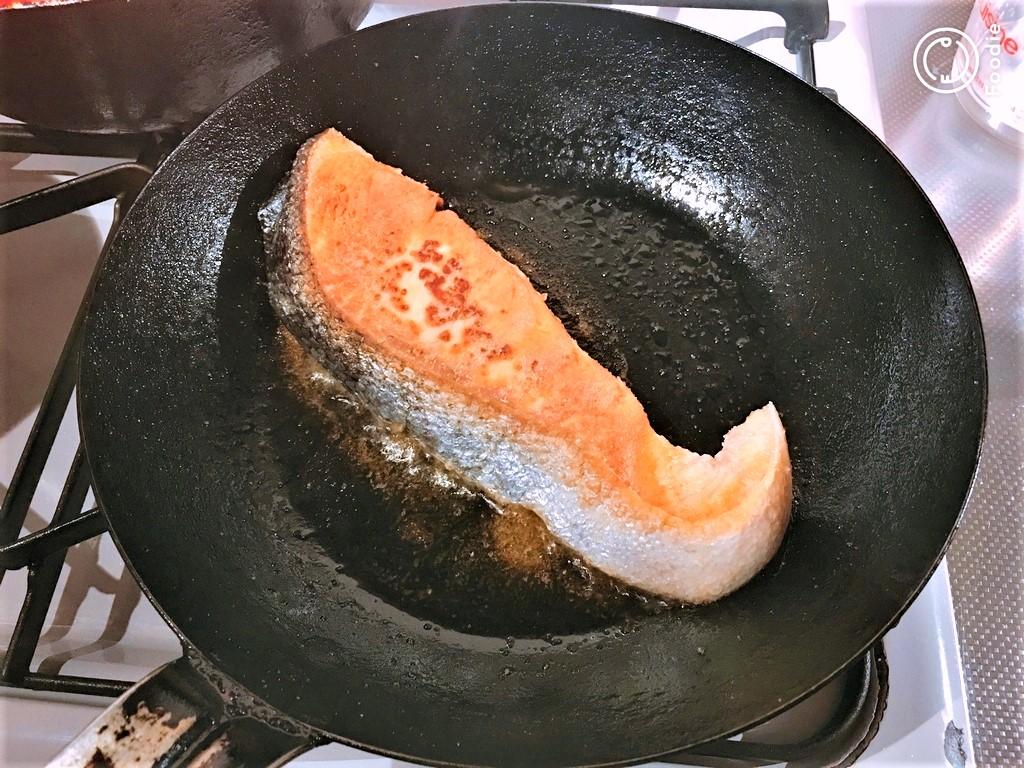 salmon,sake