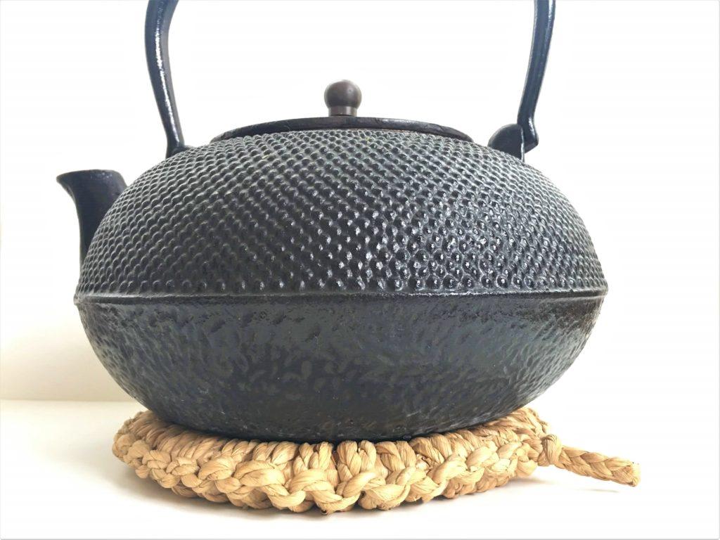 straw pot mat and nanbutekki