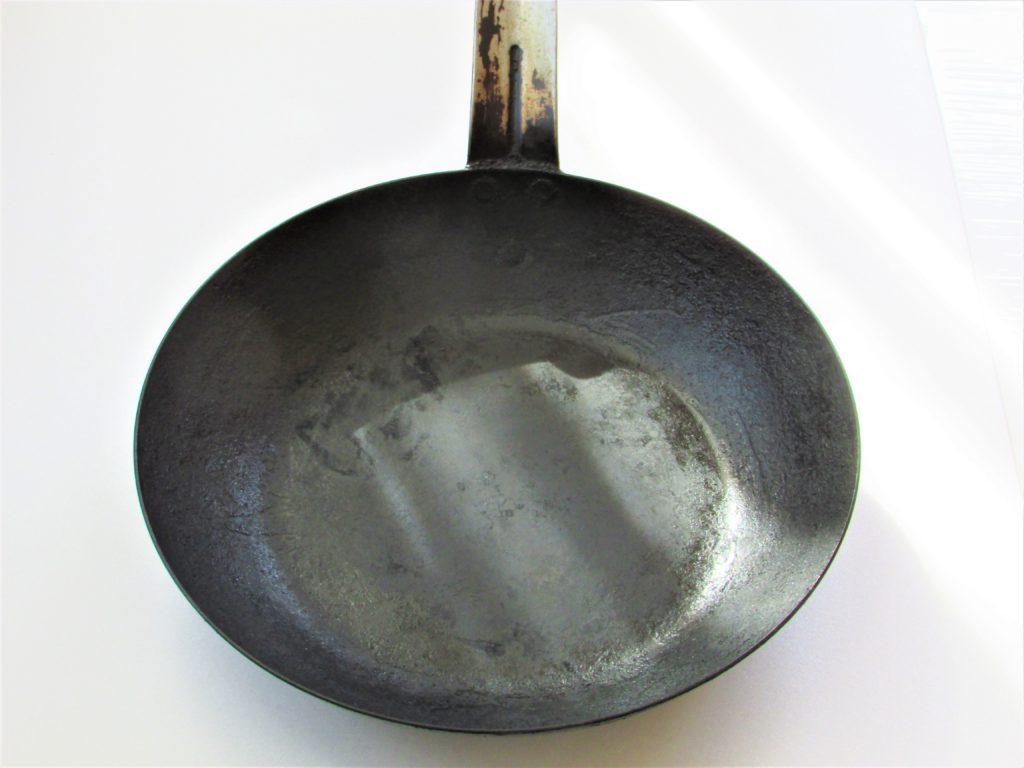 アカオ Feパン 24cm【鉄フライパン】 アカオアルミ