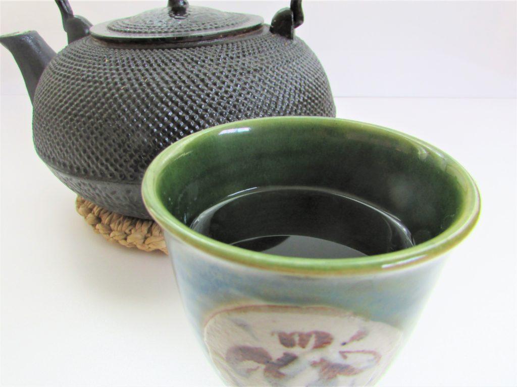 南部鉄器・鉄瓶と白湯