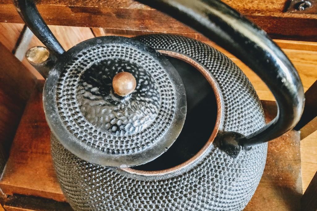 iron kettle (4)