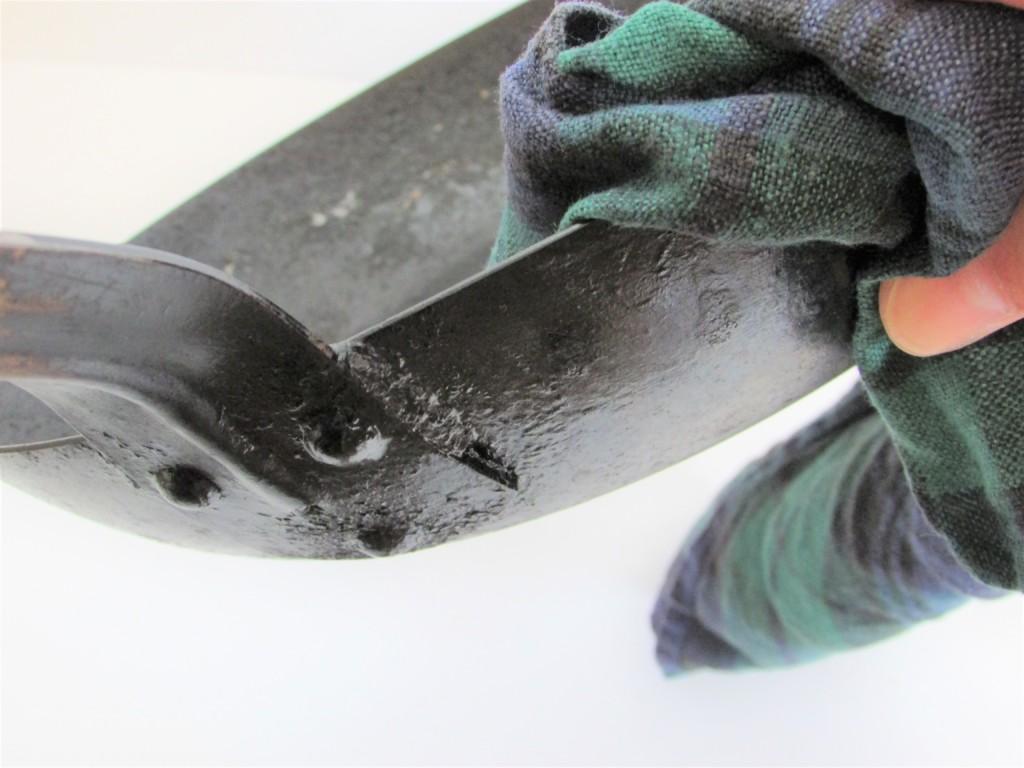 akao fe iron pan 24cm and linen