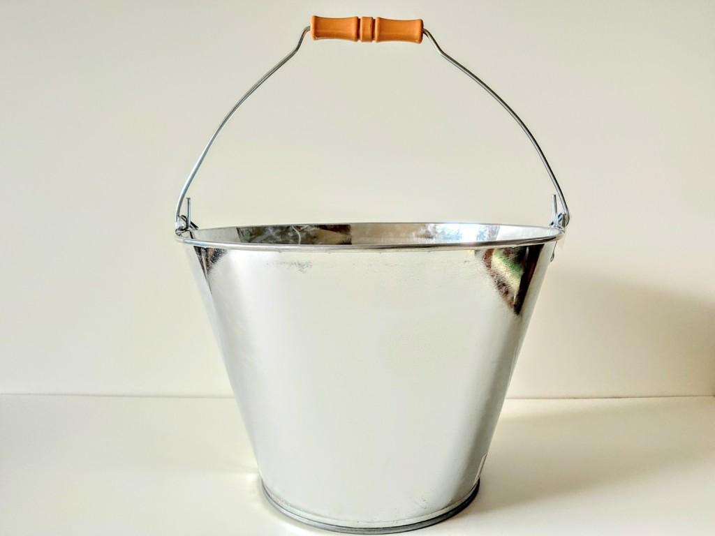 totan,bucket (1)
